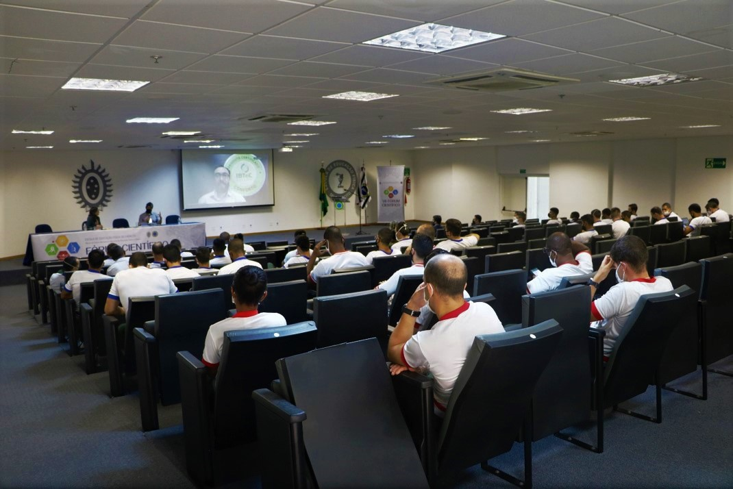 IBTeC falou sobre biomecânica de calçados esportivos, no VII Fórum Científico do Exército Brasileiro