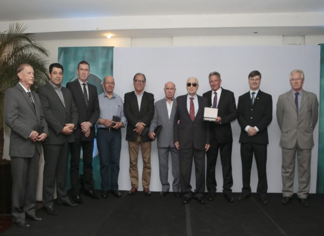 Celso Kraemer, Rui Guerreiro, Martinho Fleck, Marcos Aurelio Macedo, Celso Brochier, Ernani Reuter, Claudio Strassburger e Claudio Chies