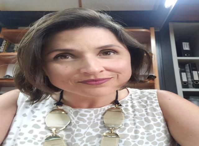 Cristina Pacheco, jornalista à frente do marketing da empresa familiar Esquadrias Scheid e integrante do grupo NEXO - Governança Corporativa