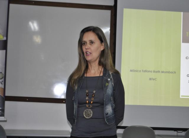 Mônica Tatiana Barth Mombach foi a palestrante do encontro