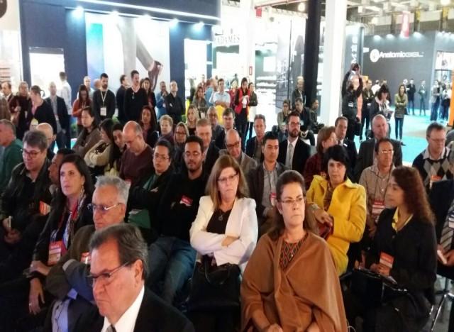 Público prestigiou o painel de abertura