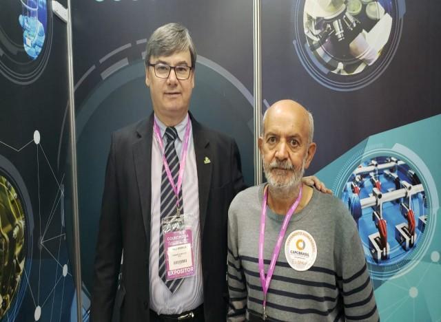 Presidente Executivo do IBTeC, Paulo Griebeler e o Diretor Voluntário do Centro de Apoio ao Paciente com Câncer, João Batista Gomes Simão