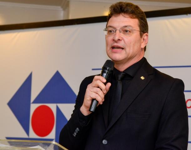Marcelo Lauxen Kehl é reconduzido ao cargo de presidente da ACI