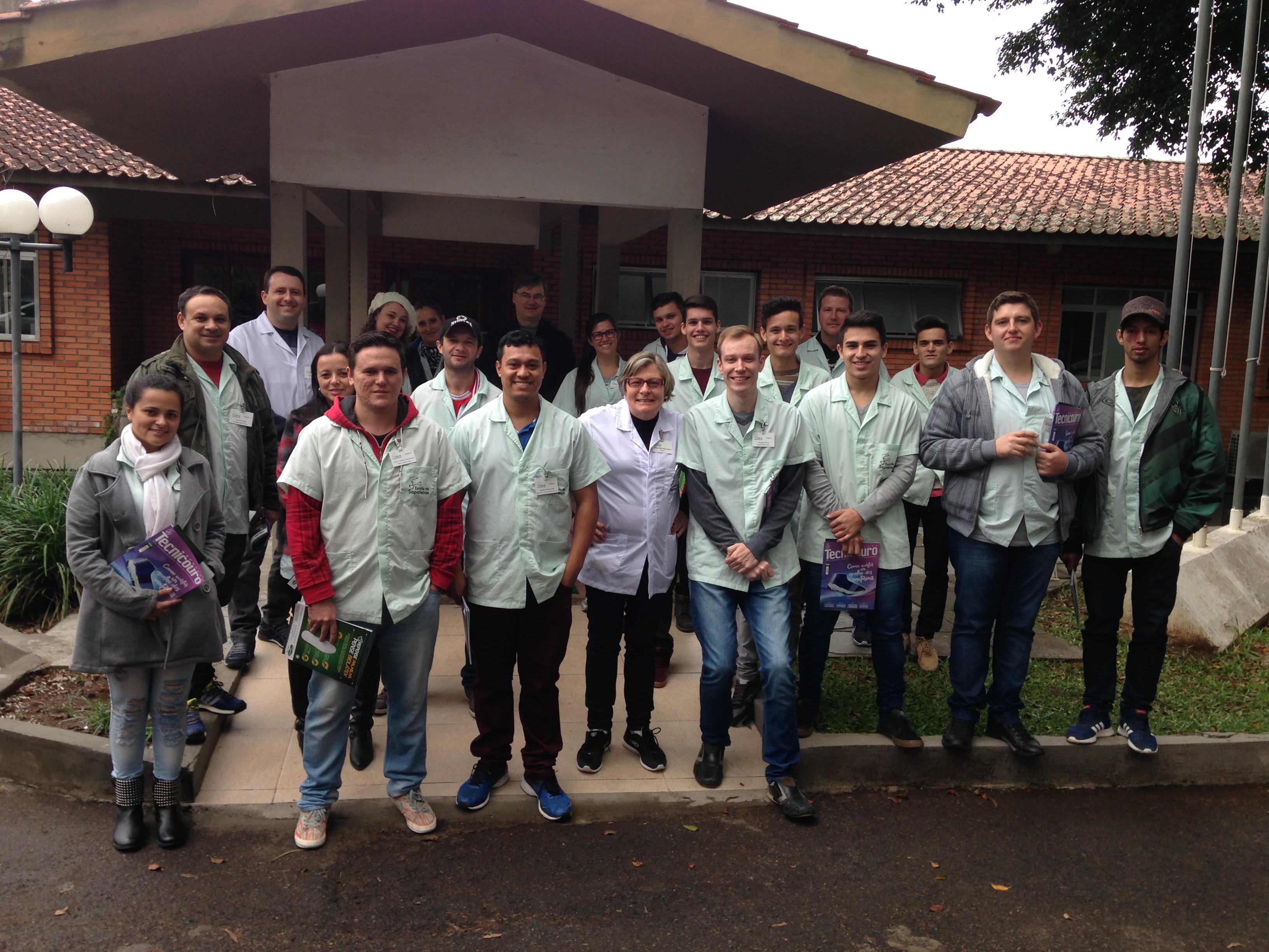 IBTeC recebeu visita da Escola do Sapateiros de Três Coroas