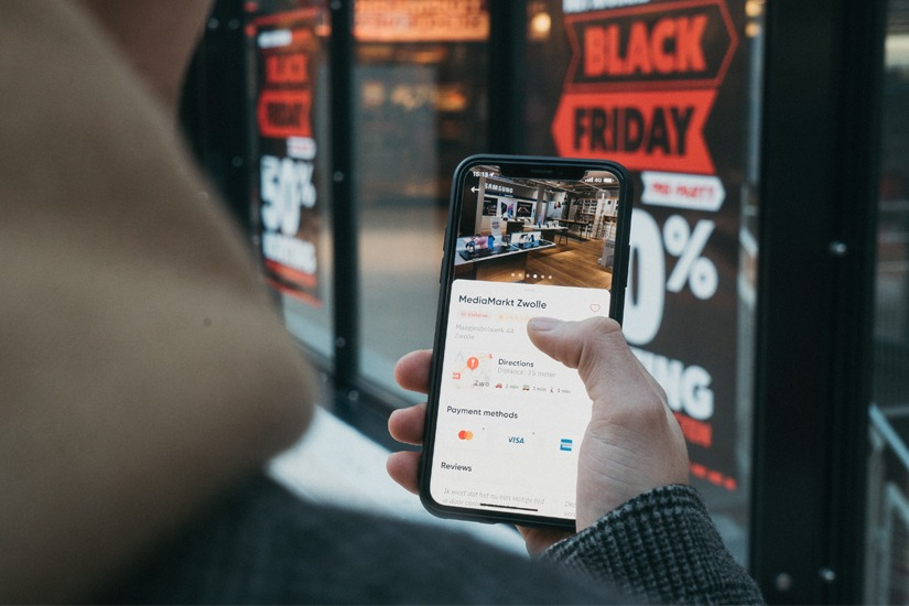 Compras pelo celular aumentam 30% em 2021