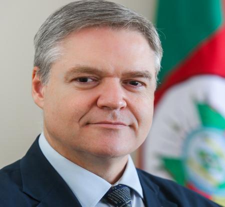 LUÍS LAMB - Palestra: Estratégias de incentivo à inovação do Governo do RS