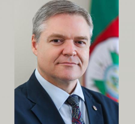 LUÍS DA CUNHA LAMB – Secretário Estadual de Inovação, Ciência e Tecnologia do RS